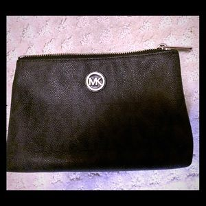Michael Kors Makeup pouch